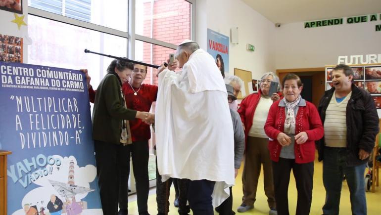 Vídeo - Visita do Papa ao Centro Comunitário